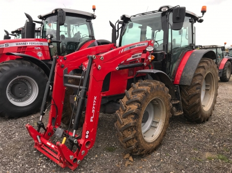 Massey Ferguson - 5711 & MF FL.3717X LOADER - photo 1