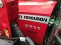 Massey Ferguson 5711 & MF FL.3717X LOADER - photo 4