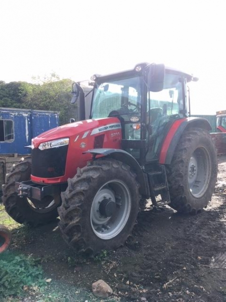 Massey Ferguson 5711 Global