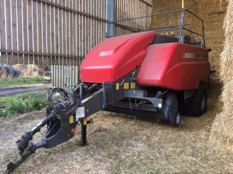 Massey Ferguson MF2270 SP Big Square Baler