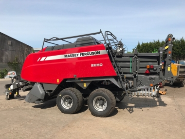 Massey Ferguson - MF 2250TP Big Square Baler - Brand New