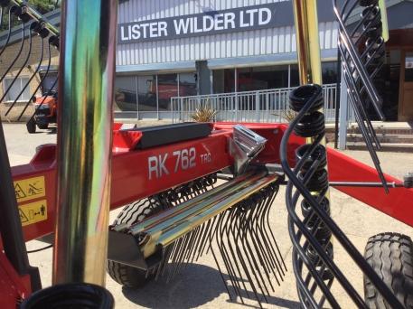 Massey Ferguson - MF RK762TRC Twin Rotor Rake - Brand New - photo 9
