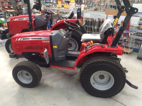 Massey Ferguson MF1525 - NEW