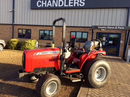 Massey Ferguson MF1529 - NEW